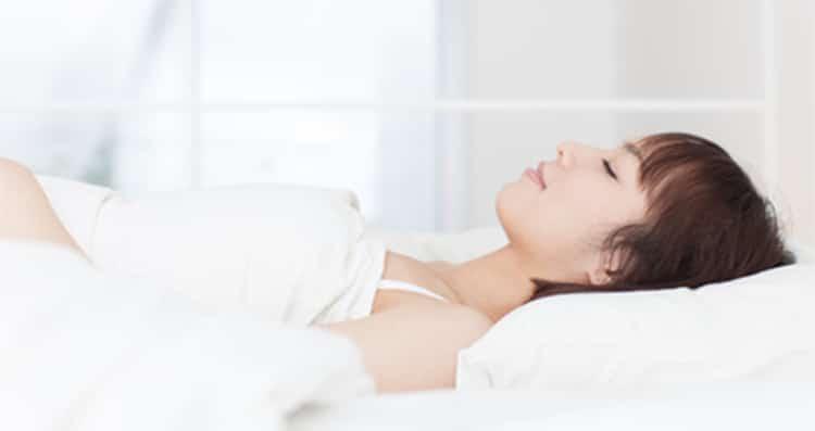 นอนอย่างไร? ไม่ให้ปวดหลัง ปวดคอหลังเสริมจมูก